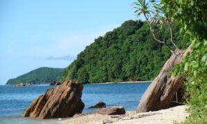Du lịch Cô Tô nhớ ghé thăm đảo Cô Tô con